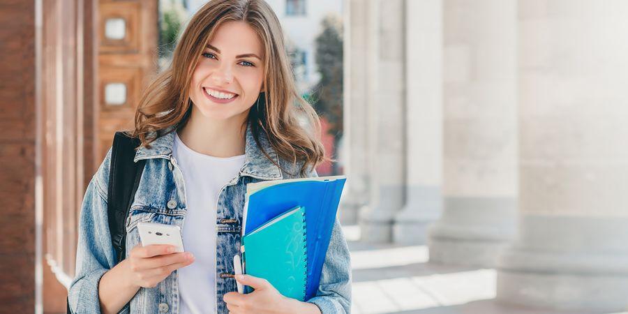 Ανοίγουν τα Δημοτικά, τηλεκπαίδευση για Γυμνάσια και Λύκεια